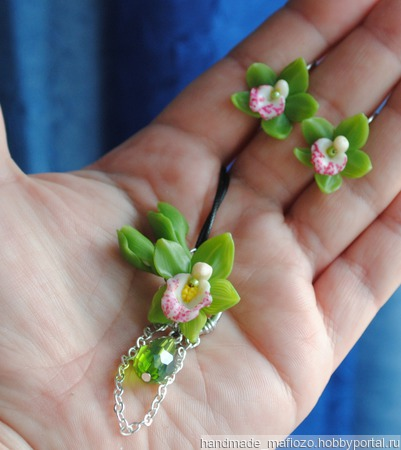 """Комплект украшений """"Орхидея фаленопсис зеленая """", полимерная глина ручной работы на заказ"""