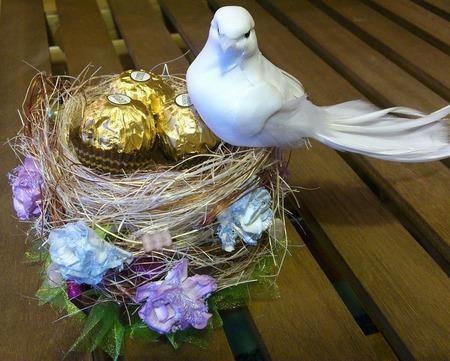 """Композиция из конфет """"Опять Весна на белом свете..."""" ручной работы на заказ"""