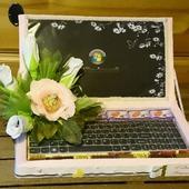 """Ноутбук из конфет """"Дамский каприз"""""""