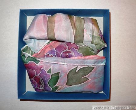 Шелковый платок с журавлями ручной работы на заказ
