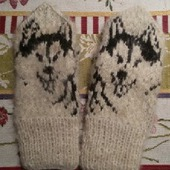 Варежки из шерсти сибирских хаски