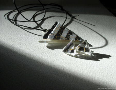 Комплект серьги кулон из декоративного стекла Хамелеон. Фьюзинг ручной работы на заказ
