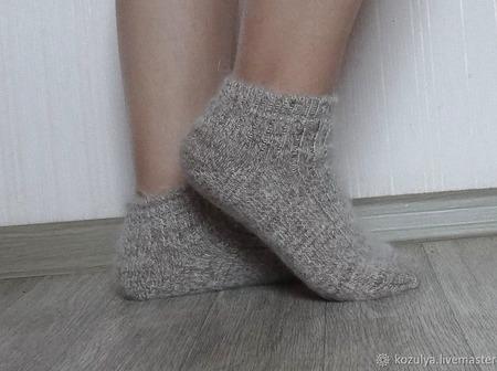 Носки  укороченные шерсть с пухом -вязанные,теплые. ручной работы на заказ