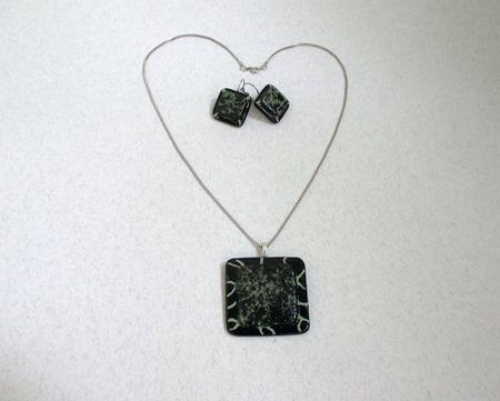 Комплект серьги кулон из черного стекла Элегия. Фьюзинг ручной работы на заказ