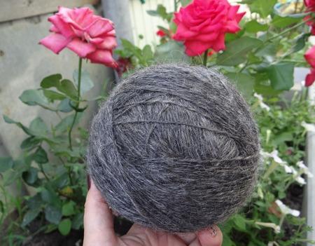 Пуховая пряжа ручного прядения - козий пух с коз придонской породы Д2 ручной работы на заказ