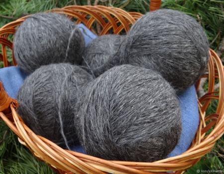 Пуховая пряжа ручного прядения - козий пух с коз придонской породы Р1 ручной работы на заказ