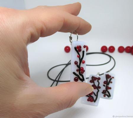 Комплект серьги кулон из декоративного стекла Сакура. Фьюзинг ручной работы на заказ
