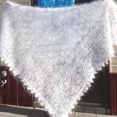 Пуховая шаль-паутинка №52