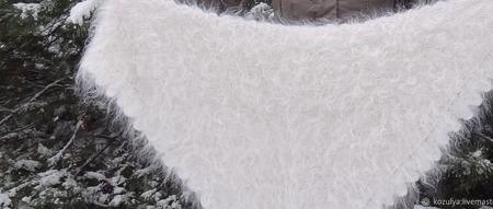 Шаль-косынка пуховая,белый козий пух. ручной работы на заказ