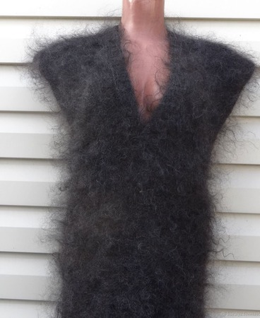 Безрукавка,жилетка  пуховая,вязанная, теплая из козьего пуха ручной работы на заказ