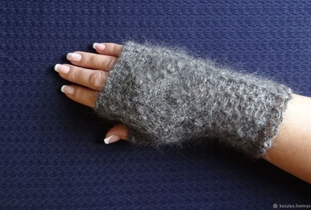 Митенки пуховые - вязанные спицами. ручной работы на заказ