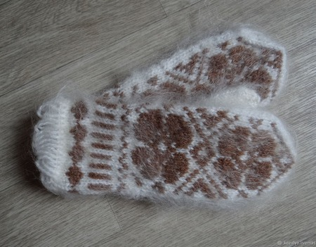 Варежки-рукавички вязанные из шерсти с пухом ручной работы на заказ
