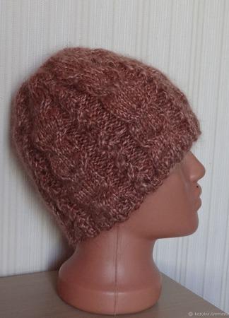 Пуховая шапка зимняя с косами - козий пух. ручной работы на заказ