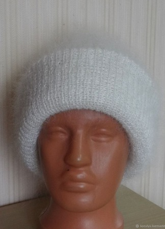 Пуховая двойная шапка ТАКОРИ ручной работы на заказ