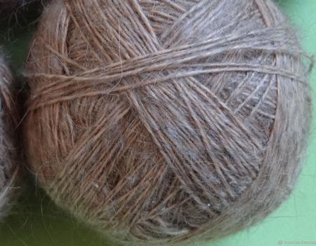 Пуховая пряжа ручного прядения -козий пух с коз придонской породы ВЗ 3 ручной работы на заказ
