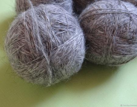 Пуховая пряжа ручного прядения -козий пух с коз придонской породы ВЗ2 ручной работы на заказ