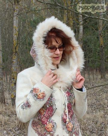 """Куртка валяная с капюшоном  """"Цветы России"""" ручной работы на заказ"""