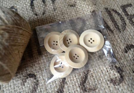 Пуговицы деревянные для кукол и мишек Тедди ручной работы на заказ