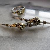Серьги из серебра и латуни Огурцы с Розами