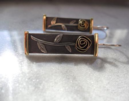 Серьги из серебра и латуни Розы, минимализм ручной работы на заказ