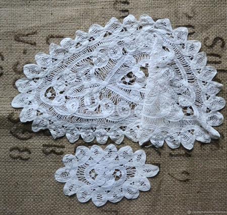Салфетки  с баттенбергским кружевом винтажные ручной работы на заказ