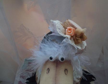 Интерьерная игрушка Ворона Клара ручной работы на заказ