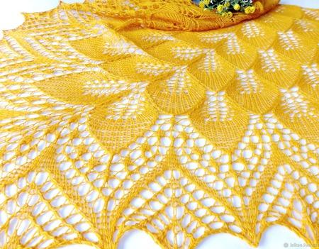 Ажурная Шаль вязаная спицами Солнечная мелодия Подарок 8 марта ручной работы на заказ