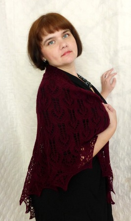 Ажурная Вишнёвая шаль Вязаная спицами Вязаный платок ручной работы на заказ