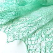 Ажурная шаль льняная летняя Мятная Прохлада, вязаная шаль, зеленый