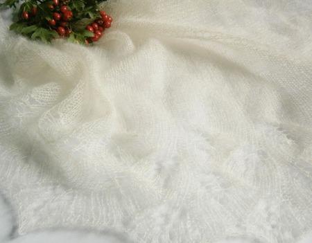 Ажурная белая шаль Пуховый бактус Первый снег Вязаная спицами шаль ручной работы на заказ