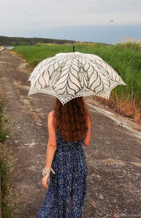 Ажурный зонтик-трость ручной работы на заказ