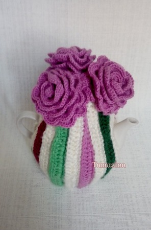 """Грелка на чайник """"Розовые розы"""" ручной работы на заказ"""
