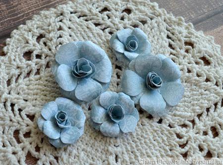 Набор цветочков из 8 штук ручной работы на заказ