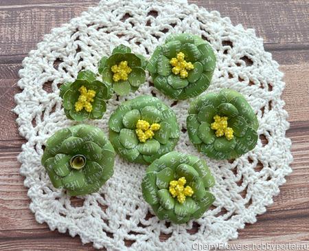 Набор цветочков из 7 штук ручной работы на заказ