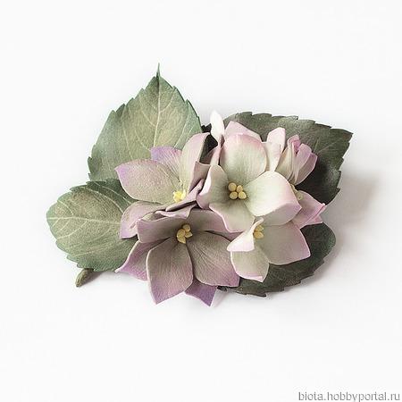 """Брошь серо-розовая """"Мадам Гортензия"""" с цветами ручной работы на заказ"""