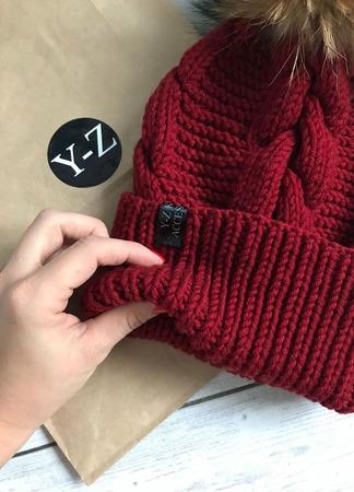 Шапка женская вязаная с меховым помпоном мериносовая шерсть Y-Z KNITS ручной работы на заказ