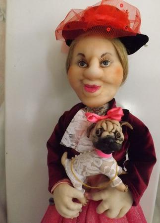 Графиня с мопсом - интерьерная кукла ручной работы на заказ