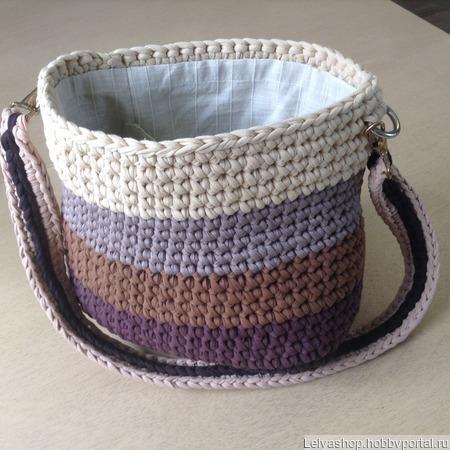 Сумка вязанная из трикотажной ткани ручной работы на заказ