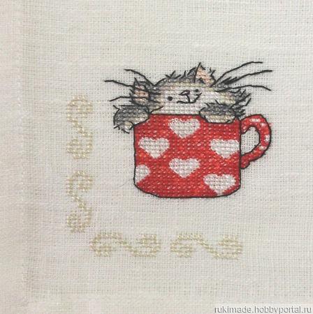 """Салфетка """"Кошка в красной чашке"""" ручной работы на заказ"""