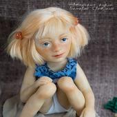 Куколка  Девочка в песочнице