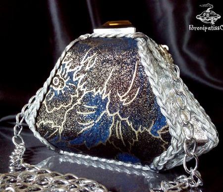 Клатч миниатюрный из кожи Silver flowers ручной работы на заказ