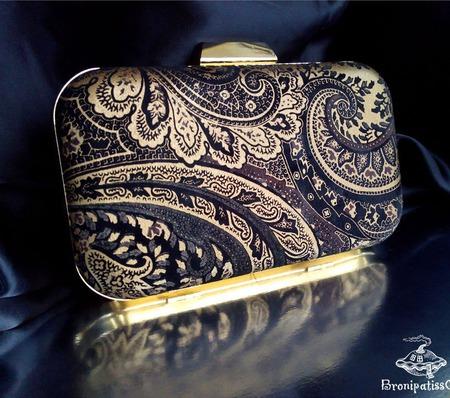 Клатч кожаный Golden paisley ручной работы на заказ