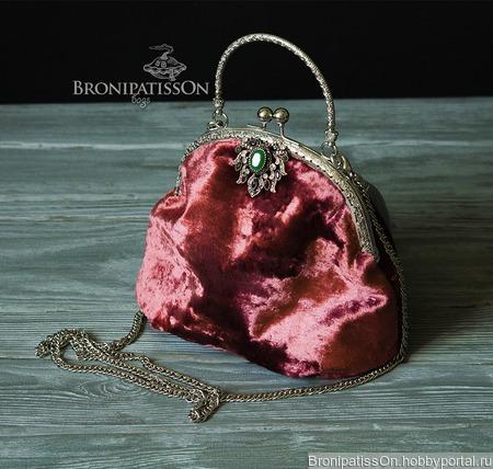 Сумочка Pink Velvet ручной работы на заказ