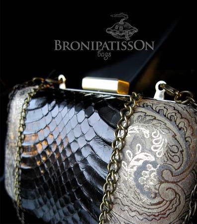3392d30ee306 Клатч с натуральной кожей змеи – купить в интернет-магазине ...