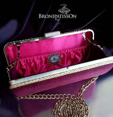 Клатч вечерний замшевый винно-бордового цвета с золотистым металлом ручной работы на заказ