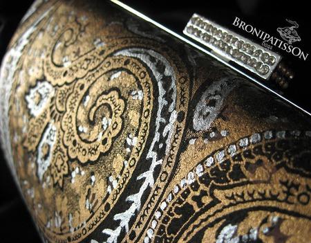 Клатч вечерний коричневый с серебряным металлом и узором пейсли ручной работы на заказ