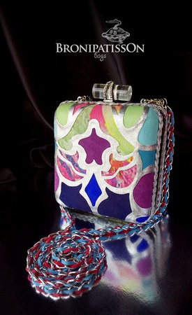 Клатч бокс разноцветный с серебряным узором из натуральной кожи замши ручной работы на заказ