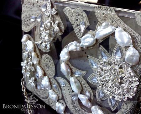 Прозрачный вечерний клатч Natural Pearls ручной работы на заказ