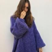 Модный свитер оверсайз из мохера в Москве