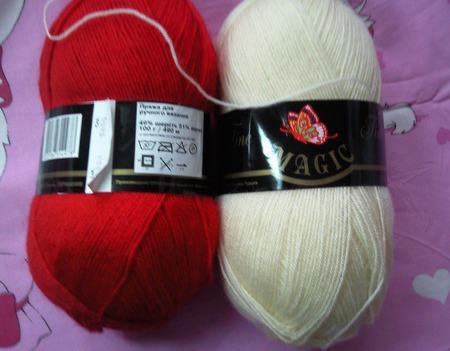 """Шаль """"Белое и красное"""" из мотивов вязаных крючком ручной работы на заказ"""